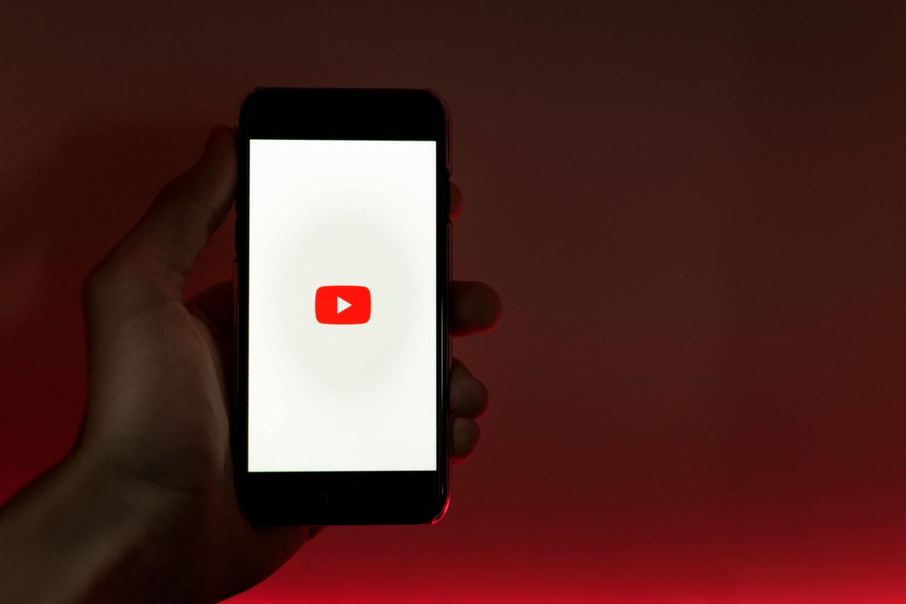 【必見】UQモバイルの低速モードでYouTube観れる?【使用感を徹底解説】